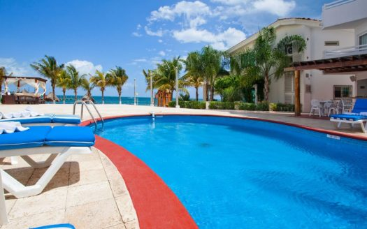 hotel for sale 11 cancun 6 525x328 - Hotel for Sale #11
