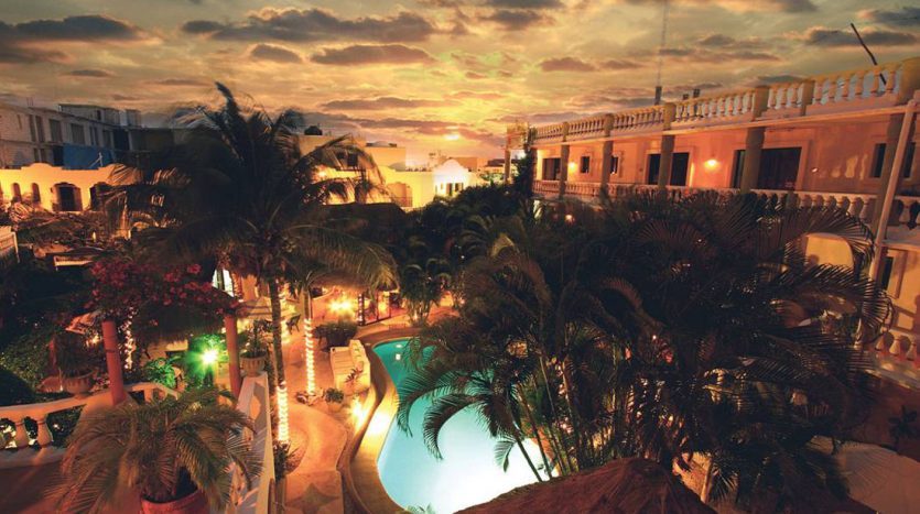 hotel for sale 22 playa del carmen 2 835x467 - Hotel for Sale #22