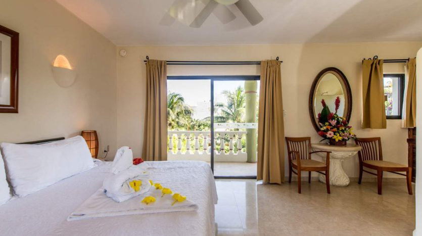 hotel for sale 22 playa del carmen 7 835x467 - Hotel for Sale #22
