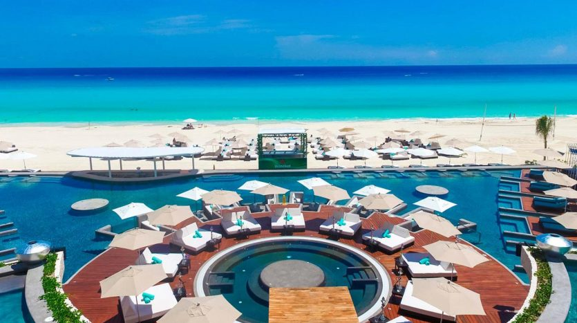 cancun hotel for sale 42 6 835x467 - Hotel for Sale #42