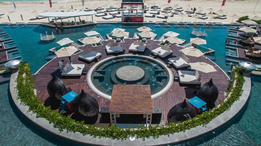 cancun hotel for sale 42 8 835x467 - Hotel for Sale #42